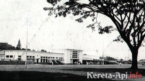 Stasiun Kotabaru Malang di tahun 1950-an