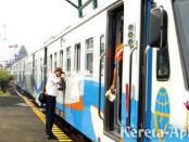 KA ekonomi dari Sidoarjo ke Bojonegoro PP (foto: RadarSurabaya)